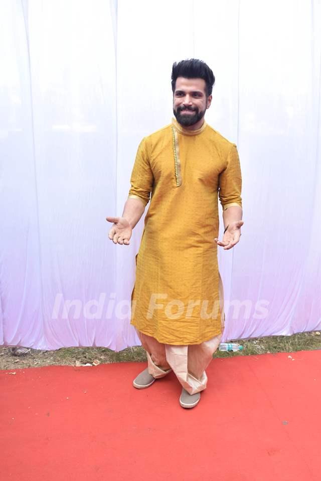 Rithvik Dhanjani at Anurag Basu's Saraswati Pooja