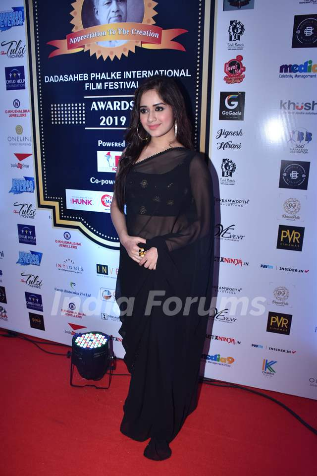Jannat Zubair Rahmani snapped at Dadasaheb Phalke Award