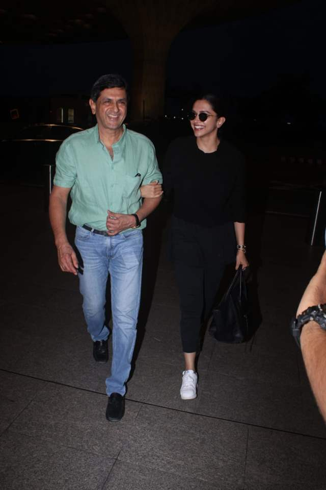 Deepika Padukone walks off without showing her ID, Called ...