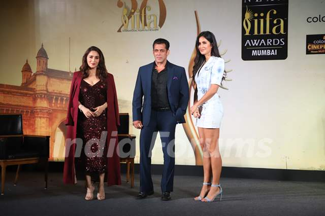 Madhuri Dixit, Salman Khan and Katrina Kaif at IIFA awards press meet!
