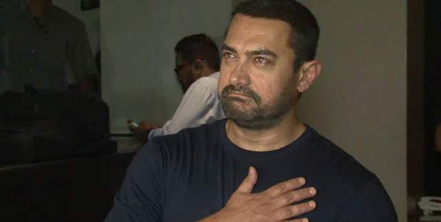 Aamir Khan takes a Bold Move, Netizens Come Out in his Support | India  Forums