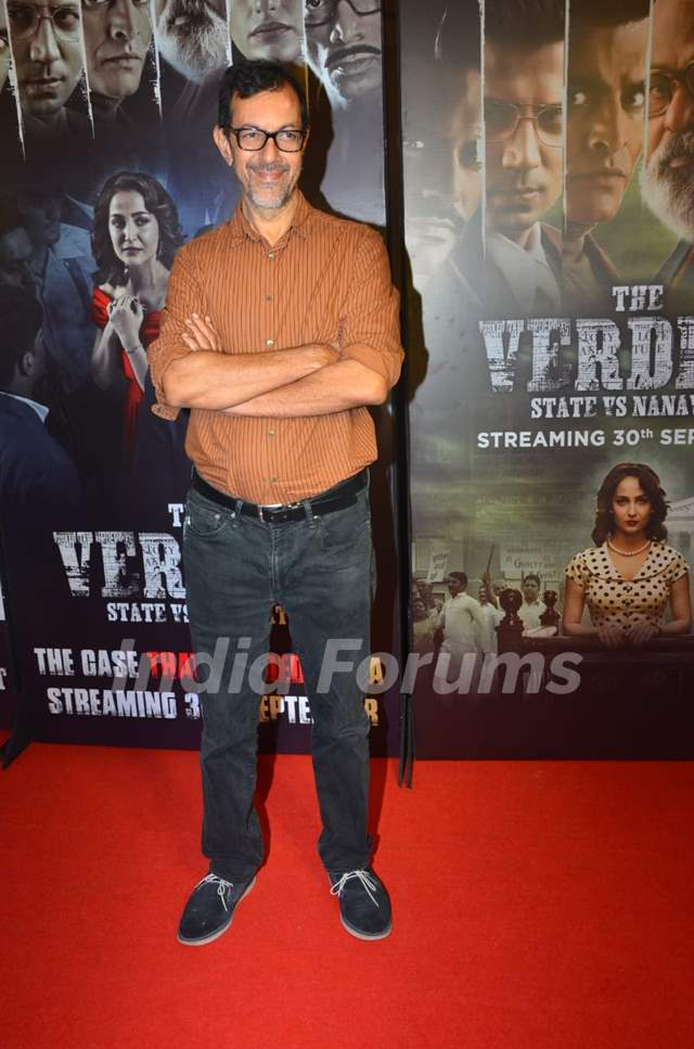 Celebrities at the screening of The Verdict - State vs Nanavati`