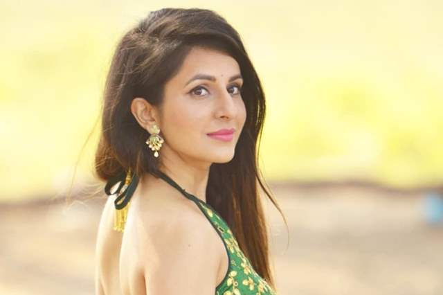 Roop Durgapal To Play Forensic Doctor In Her Next India Forums
