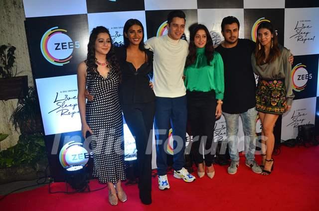 Priyal Gor, Teena Singh, Anshuman Malhotra, Raima Sen and Harshadaa Vijay