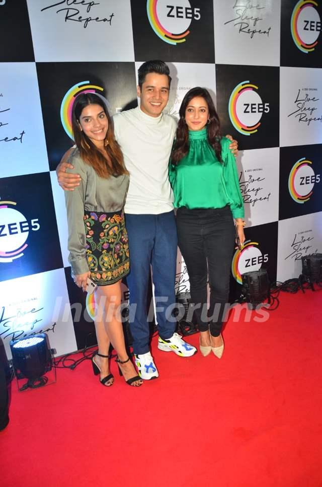 Harshadaa Vijay, Anshuman Malhotra and Raima Sen