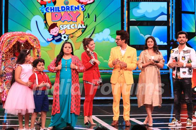 Bharti Singh and Haarsh Limbachayaa along with celebrity kids Garvit Parekh and Kavya Ramani, Arjun Bijlani, Surbhi Chandna, Rubina Dilaik
