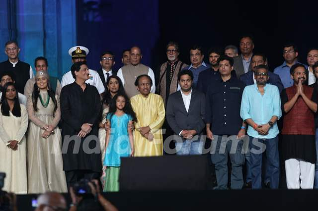 Amitabh Bachchan pays tribute to 26/11 Martyrs!