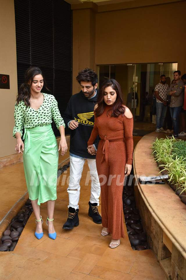 Bhumi Pednekar, Kartik Aaryan and Ananya Panday papped during the promotions of Pati Patni Aur Woh