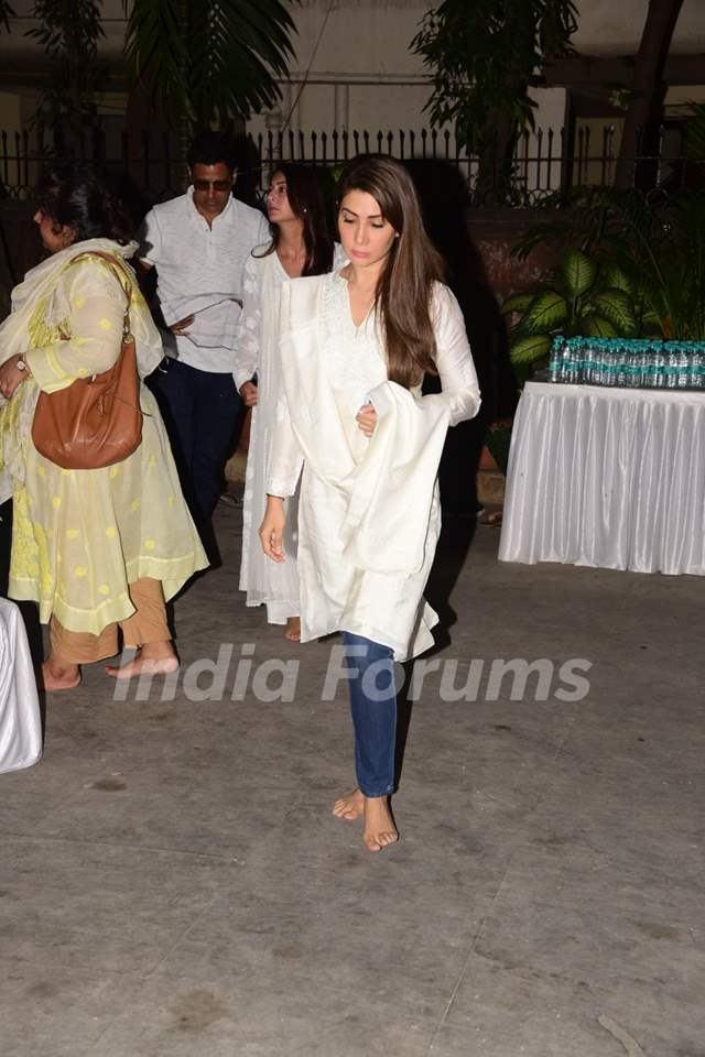 Celebs at the prayer meet of Dabboo Ratnani's deceased mother!
