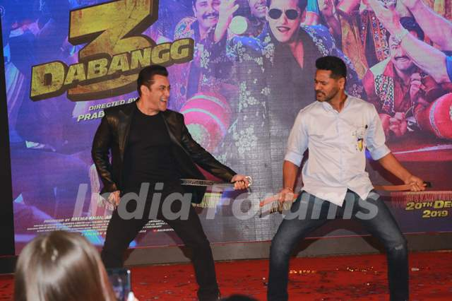 Salman Khan and Prabhudeva set the stage on fire during the song launch