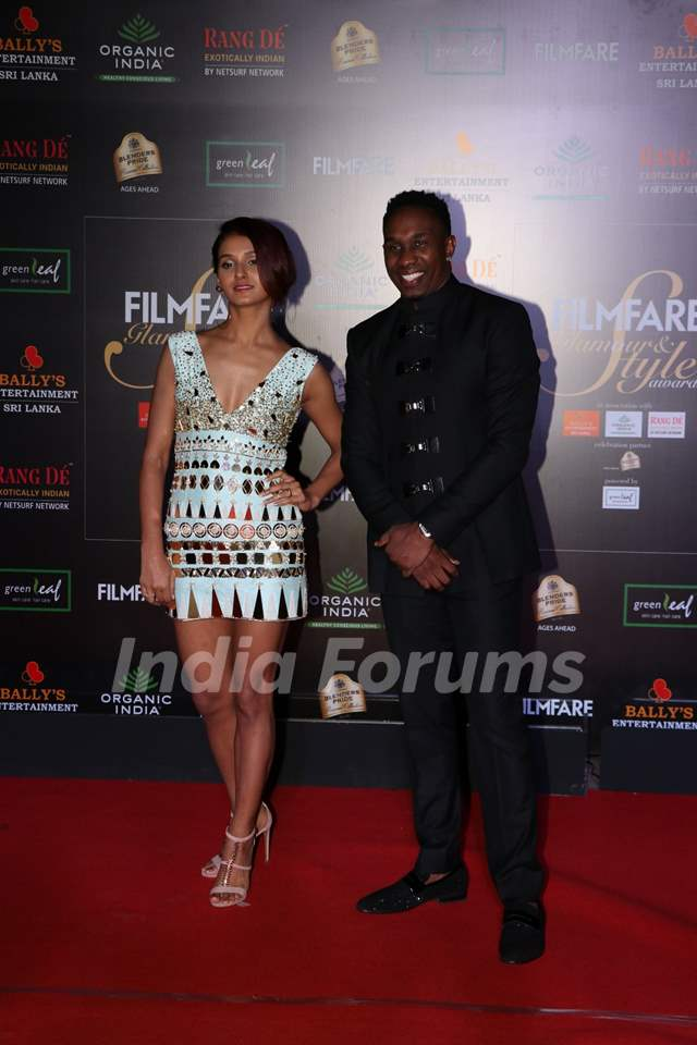 Shakti Mohan and Dwayne Bravo papped at the Red Carpet of Filmfare Glamour and Style Awards 2019