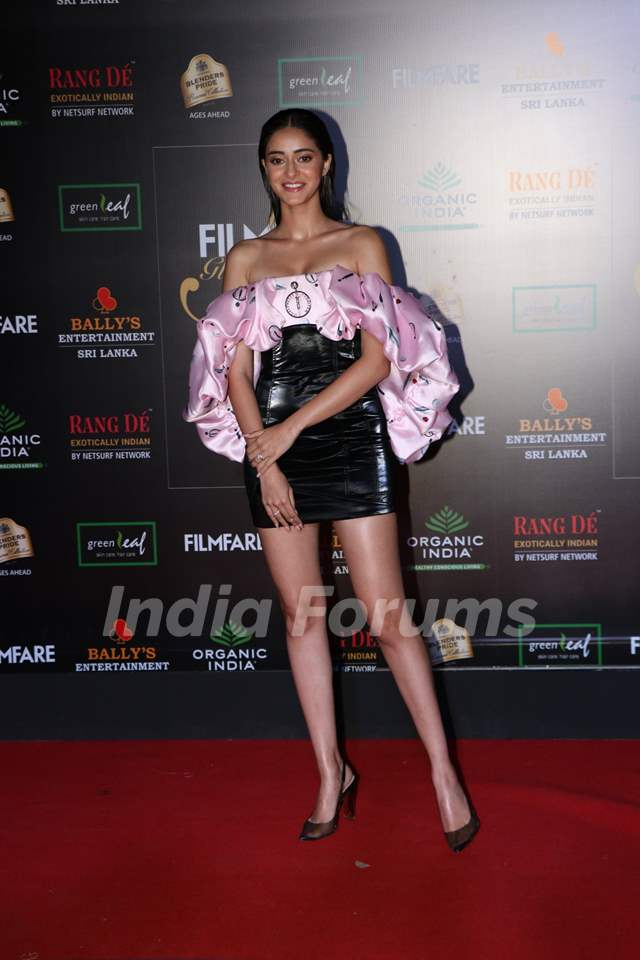 Ananya Panday papped at the Red Carpet of Filmfare Glamour and Style Awards 2019