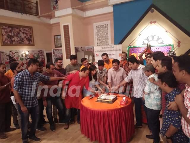 Cake Cutting with the cast of Taarak Mehta Ka Ooltah Chashmah