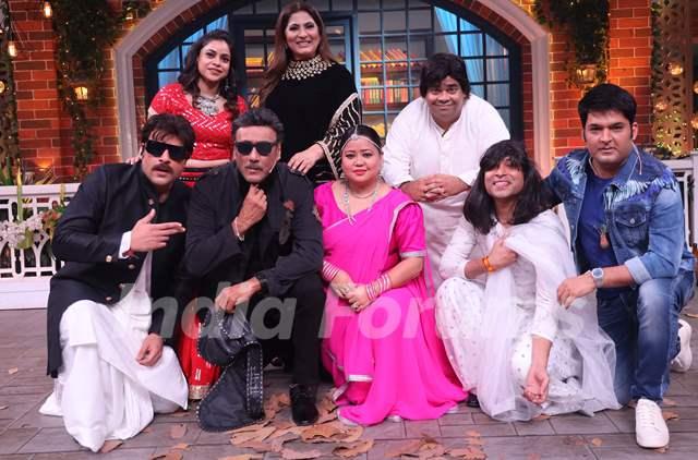 Jackie Shroff with the Kapil Sharma Show Team