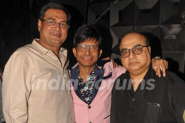 Rumi Jaffery with Kamaal R Khan and Raj Kumar Santoshi