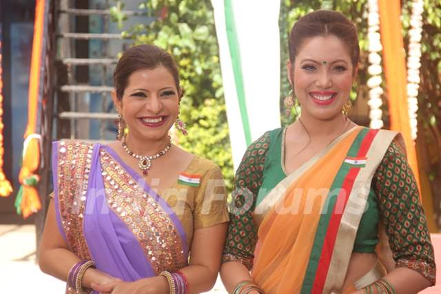 Taarak Mehta Ka Ooltah Chashmah - Golkuldham Society on the ocassion of Republic Day 2019