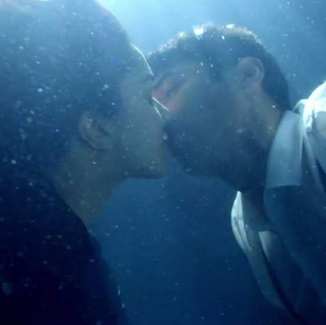 Disha And Aditya Roy Kapoor S Underwater Kisses From Malang Are Too Hot To Handle Photos Below