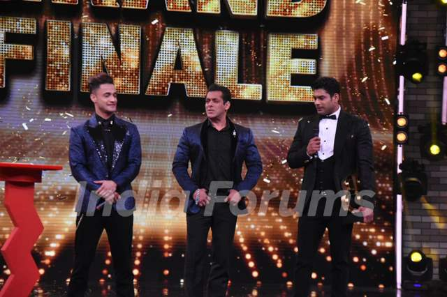 Asim, Salman and Sidharth
