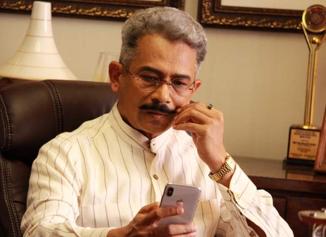 Atul Kulkarni in the show