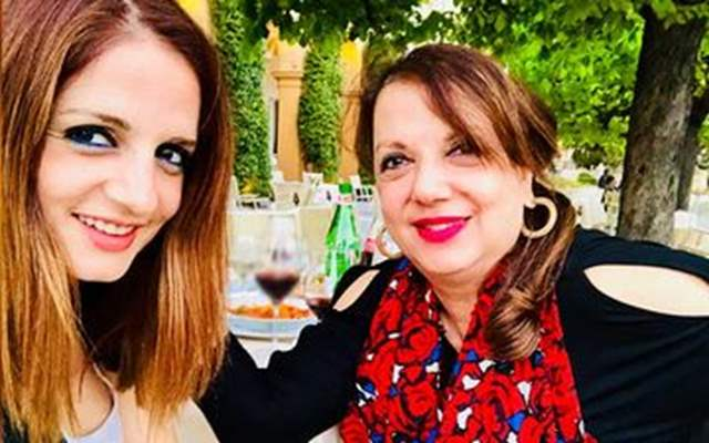 Sussanne Khan mother