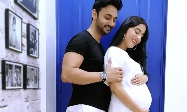 Amrita Rao is 9 Months Pregnant