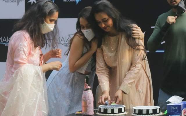Shraddha Kapoor Padmini Kolhapure