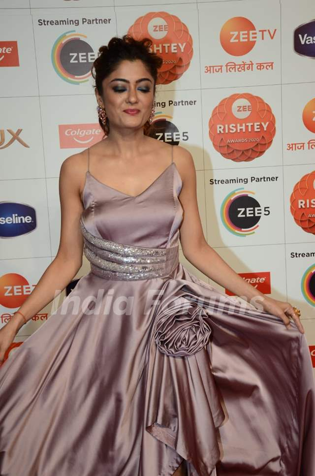 Celebrities at Zee Rishtey awards