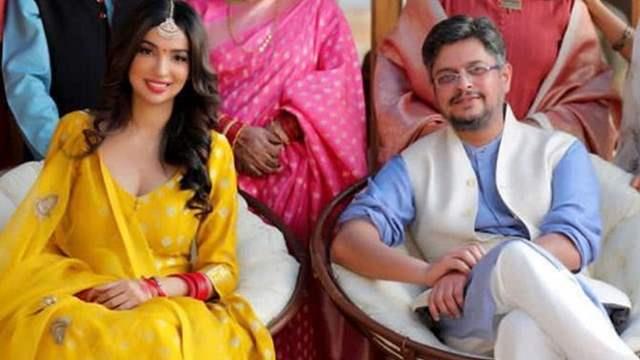 Kedarnath Writer Kanika Dhillon Gets Engaged to Himanshu Sharma | India  Forums