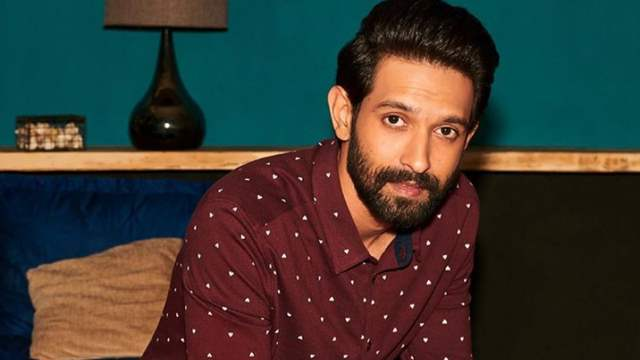 Vikrant Massey's Instagram and Facebook Account Hacked!