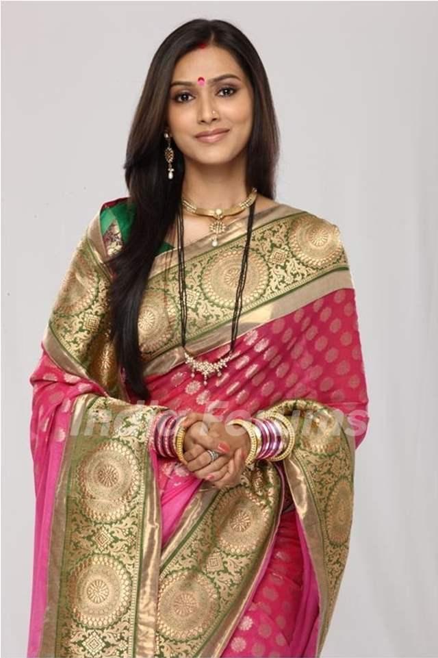 Pallavi Subhash as Aastha