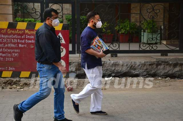 Saif Ali Khan prepares for 'baby #2' arrival; snapped bringing new toys