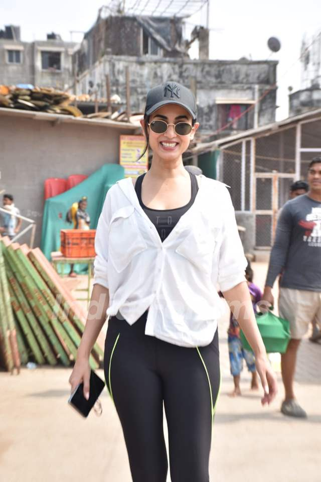 Sonal Chauhan snapped at Versova Jetty