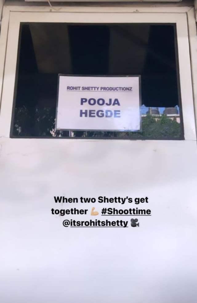 Pooja Hegde Cirkus Rohit Shetty and Ranveer Singh