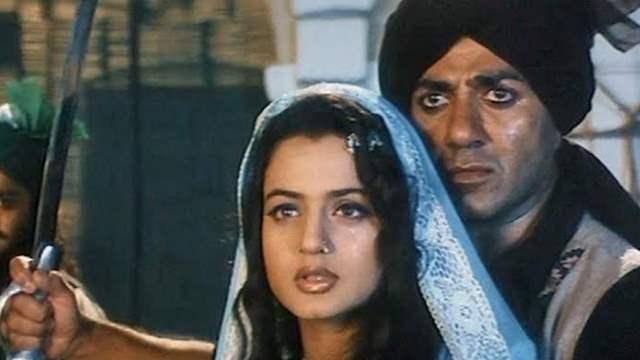 Sunny Deol, Ameesha Patel starrer 'Gadar'