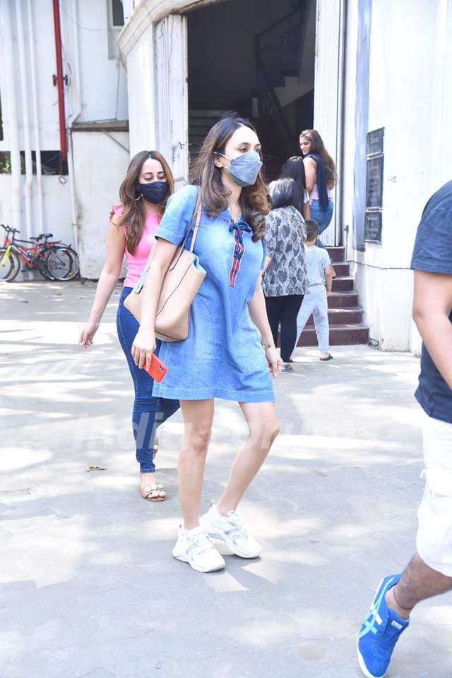 Natasha Dalal Dhawan joins Rohit Dhawan