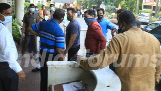 Salman Khan takes first dose of COVID Vaccine