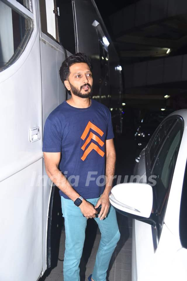 Riteish Deshmukh snapped after a shoot in Andheri