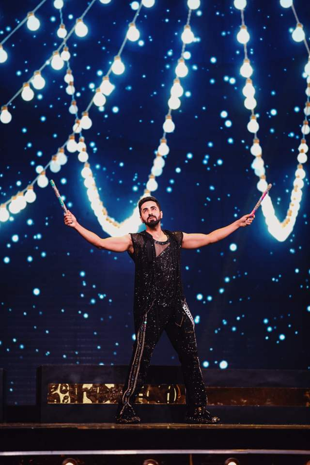 Ayushmann Khurrana performance filmfare 2021