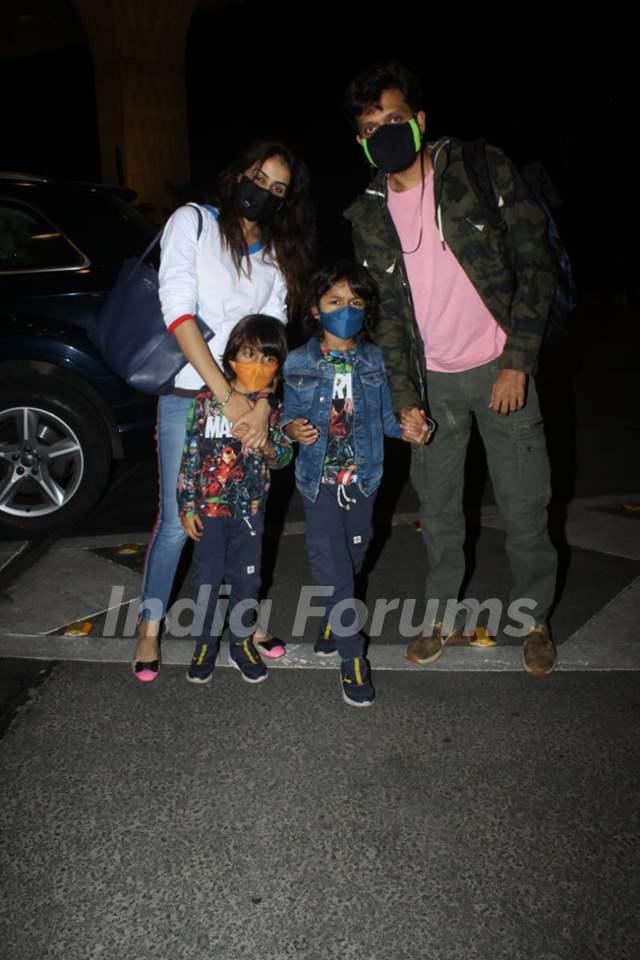 Riteish Genelia with sons Riaan Rahyl