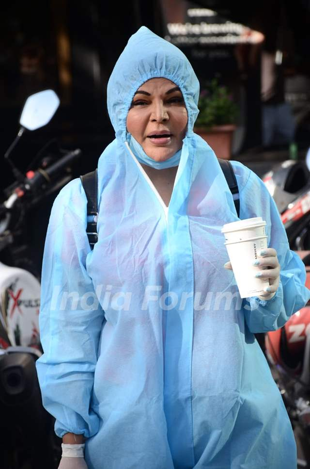 Rakhi Sawant snapped wearing PPE kit at Lokhandwala