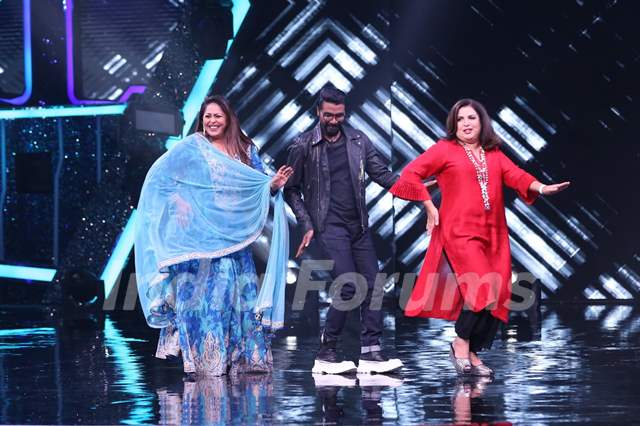 Remo D'Souza, Farah Khan and Geeta Kapur on sets of Super Dancer Chapter 4