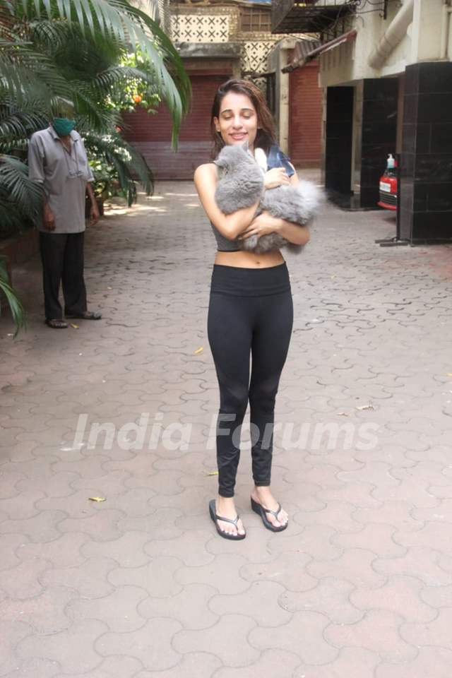 Hello Charlie actress Shlokka Pandit snapped at Khar