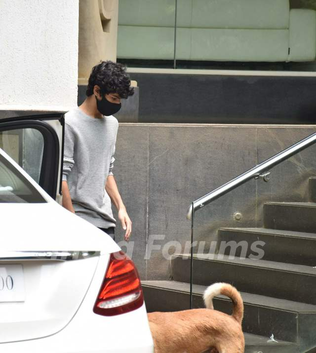 Sanjay Kapoor snapped with son Jahaan Kapoor at Juhu