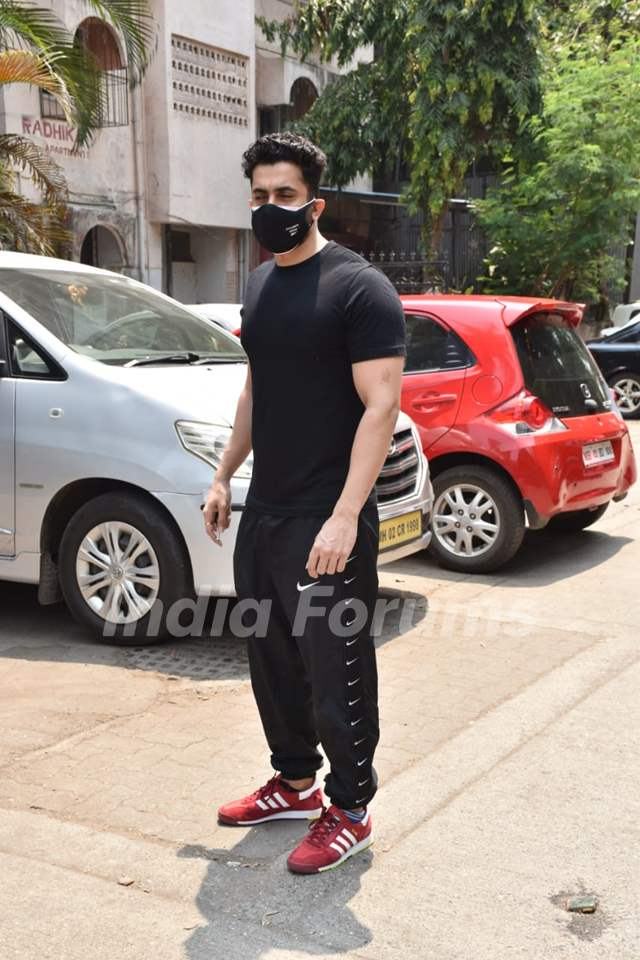 Sunny Singh snapped at a clinic in Juhu