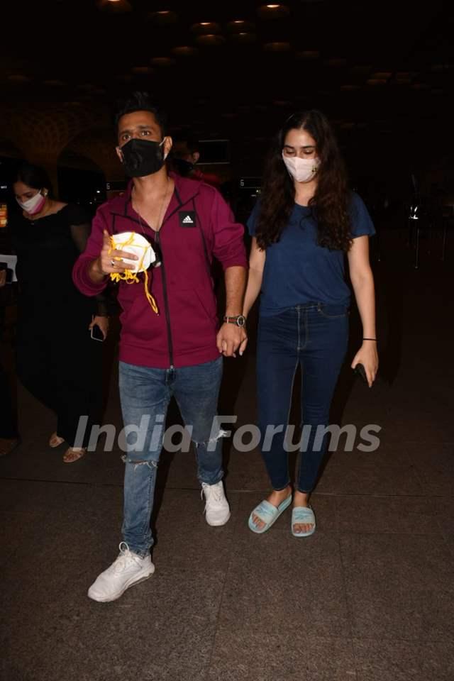 Rahul Vaidya with beau Disha Parmar snapped at Mumbai Airport