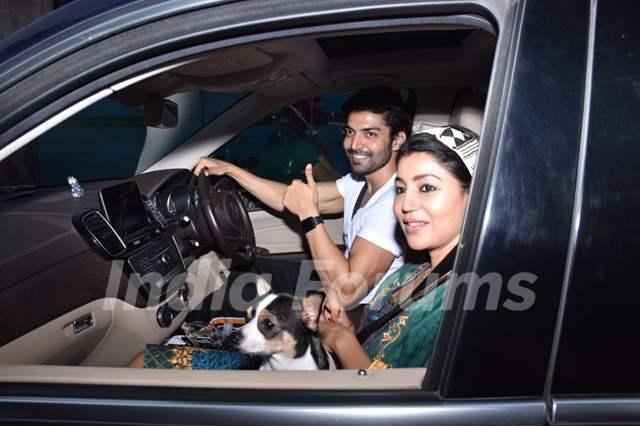 Gurmeet Choudhary snapped with his wife Debina Bonnerjee in Andheri