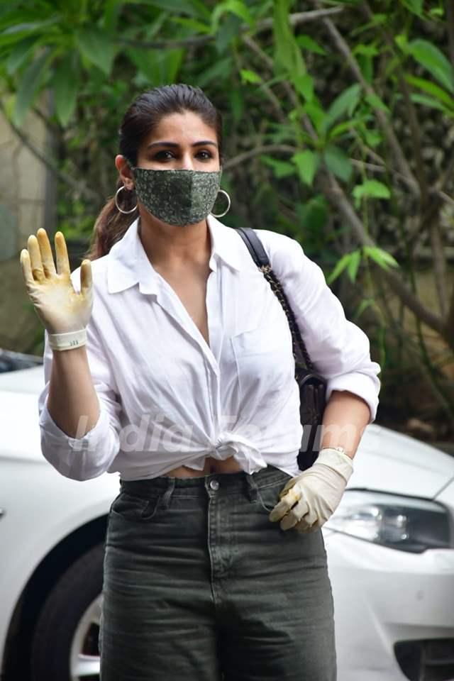 Raveena Tandon spotted in Bandra
