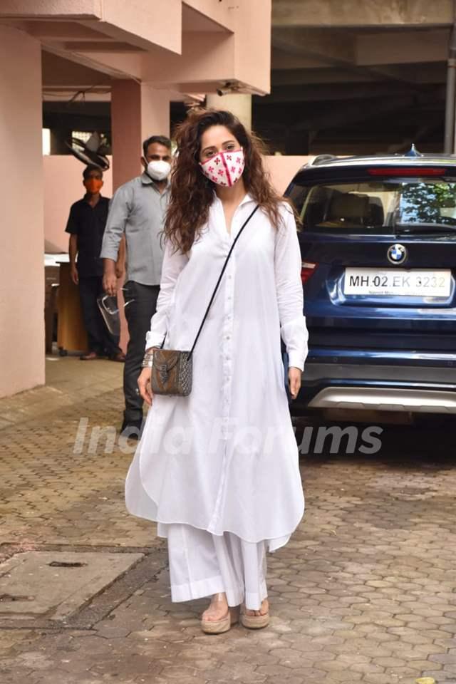 Nushrratt Bharuccha snapped outside Sanjay Leela Bhansali office!