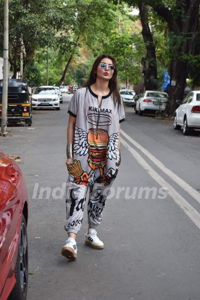 Urvashi Rautela spotted in Juhu