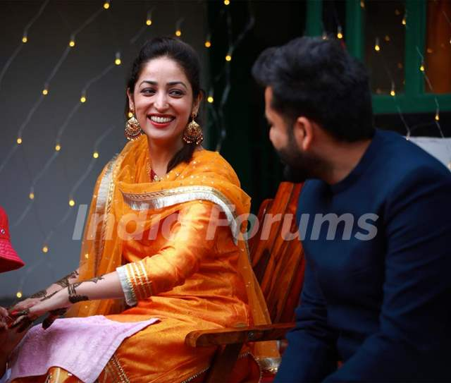 Newlywed Yami Gautam shares dreamy Unseen pictures from her 'Mehendi ceremony'Ceremony